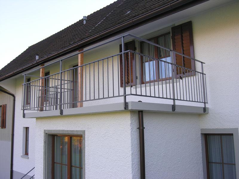 fixiascom gartenbank metall farbig 073549 eine With französischer balkon mit gartenzaun günstig metall